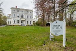 獨棟家庭住宅 為 出售 在 Old Ship Parish House 107 Main Street Hingham, 麻塞諸塞州, 02043 美國