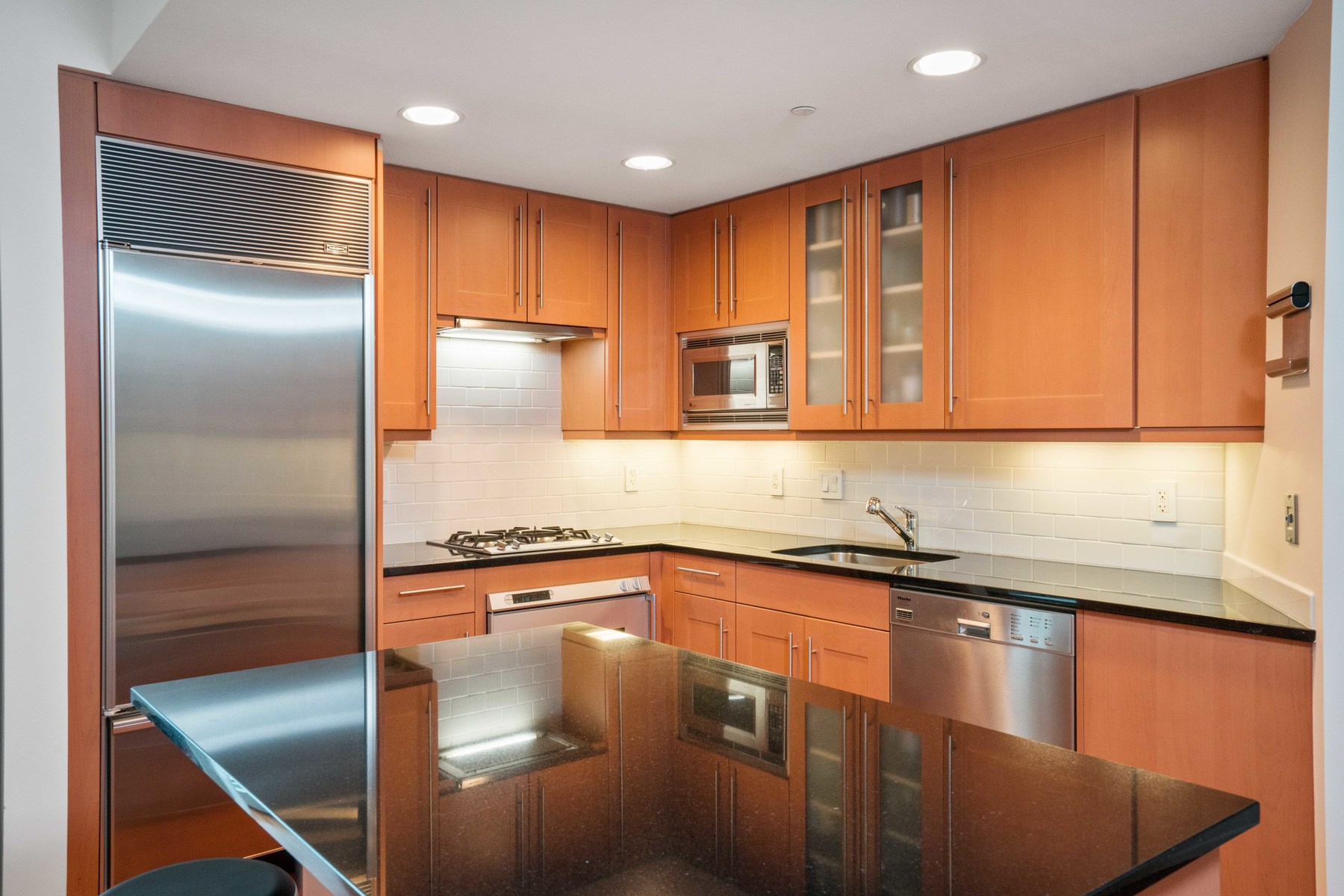 Additional photo for property listing at AtelierExceptional Opportunity 505 Tremont Street unit 612 Boston, Massachusetts 02116 United States