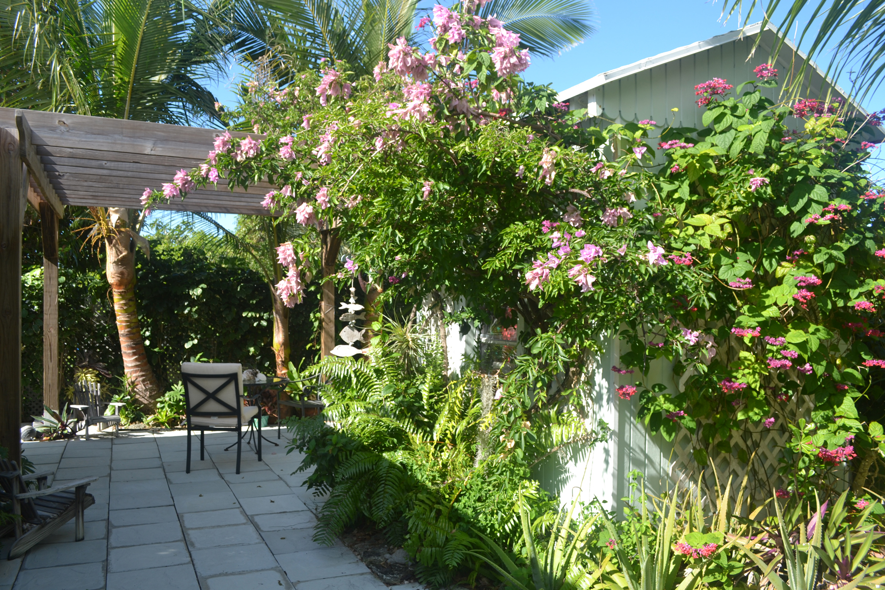 Additional photo for property listing at Serendipity - 13th Street Spanish Wells, Eleuthera Bahamas