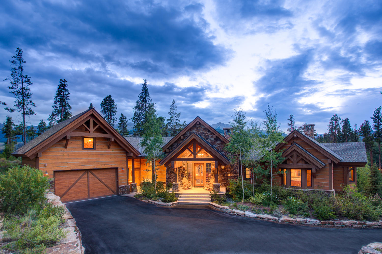 Maison unifamiliale pour l Vente à 493 Highfield Trail Breckenridge, Colorado, 80424 États-Unis