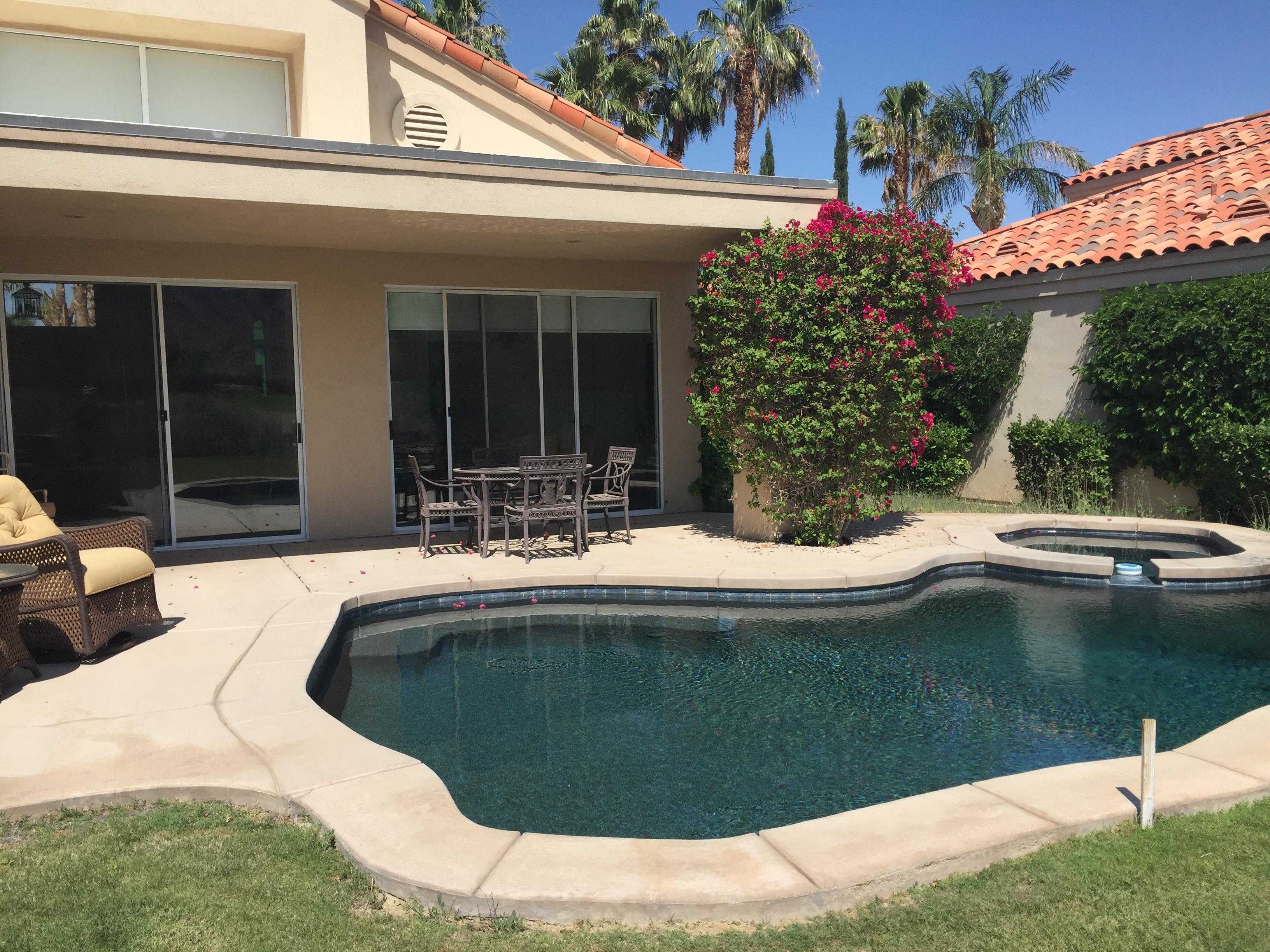 Single Family Home for Sale at 56525 Riviera La Quinta, California, 92253 United States
