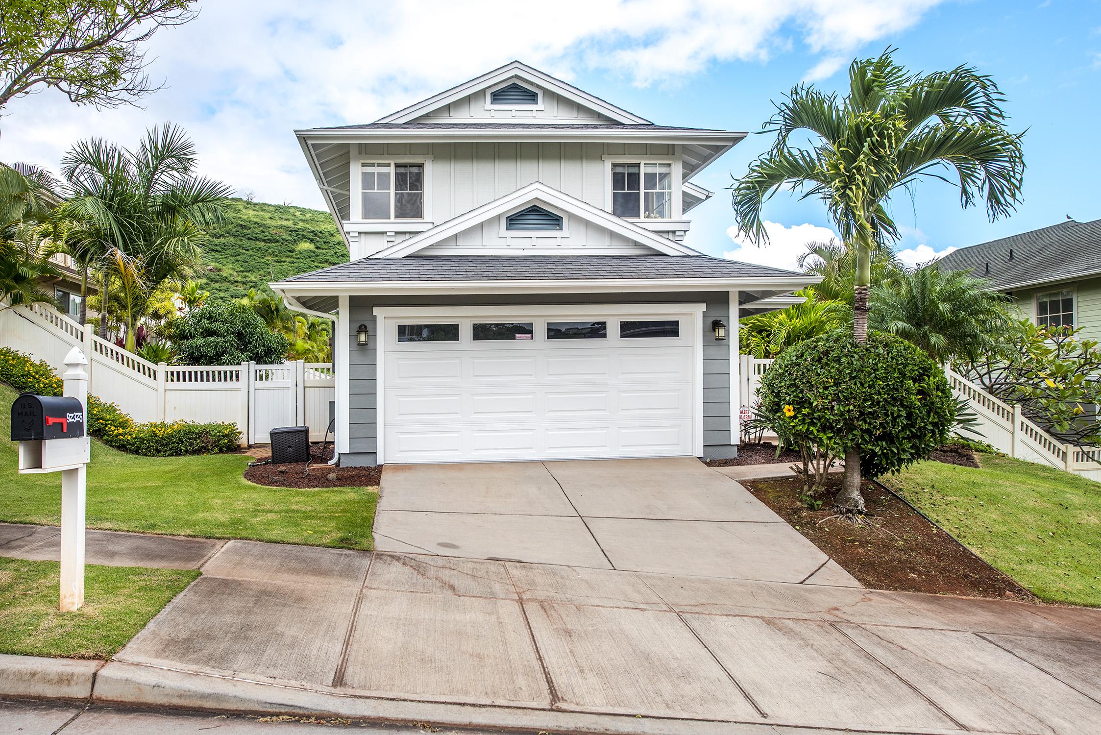 Maison unifamiliale pour l Vente à Spacious Gem 92-325 Palaulau Place #62 Kapolei, Hawaii 96707 États-Unis
