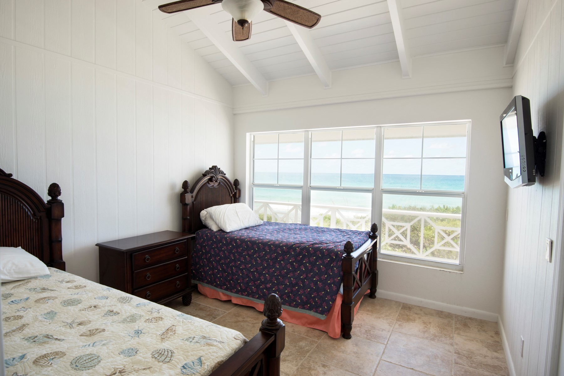 Additional photo for property listing at Twin Beaches Guana Cay, 阿巴科 巴哈马