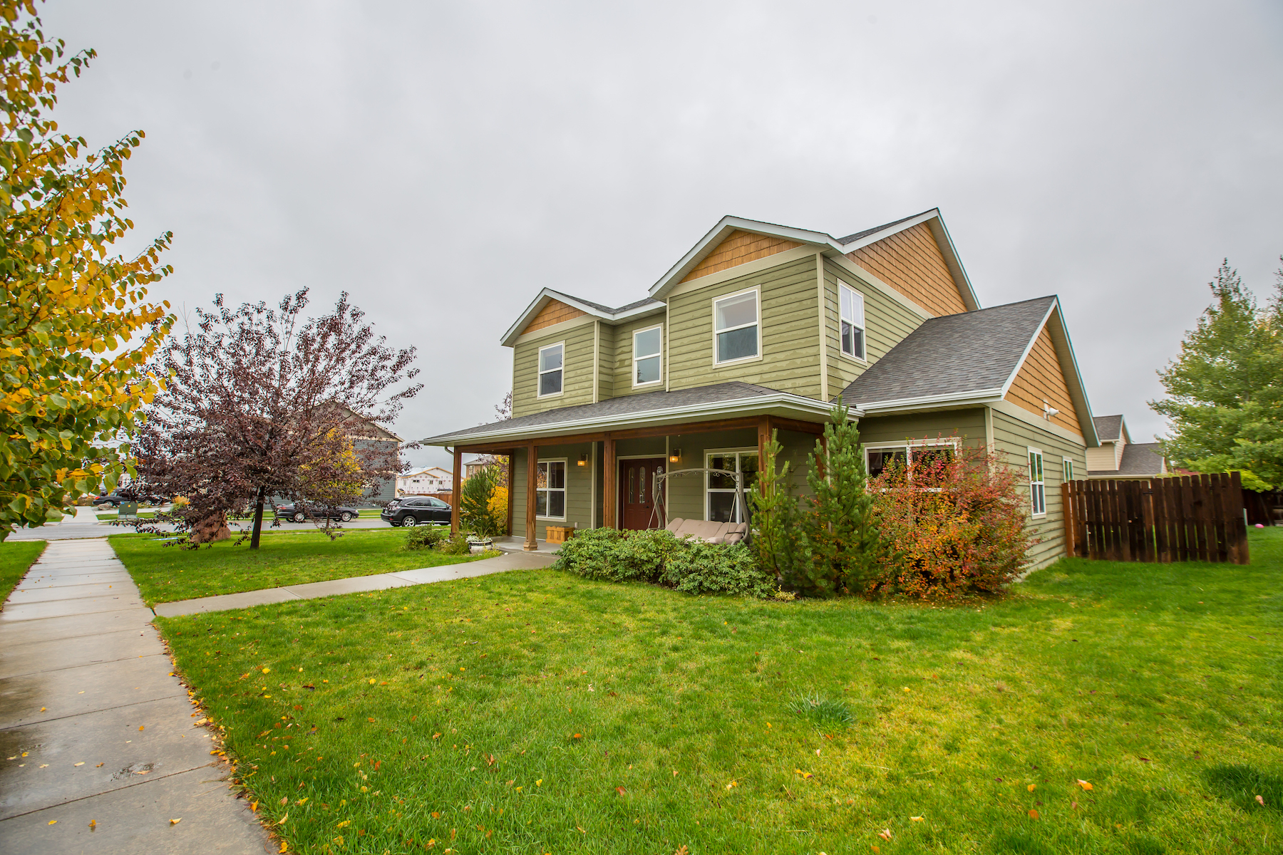Casa para uma família para Venda às Forest Glen 984 Forestglen Bozeman, Montana, 59718 Estados Unidos