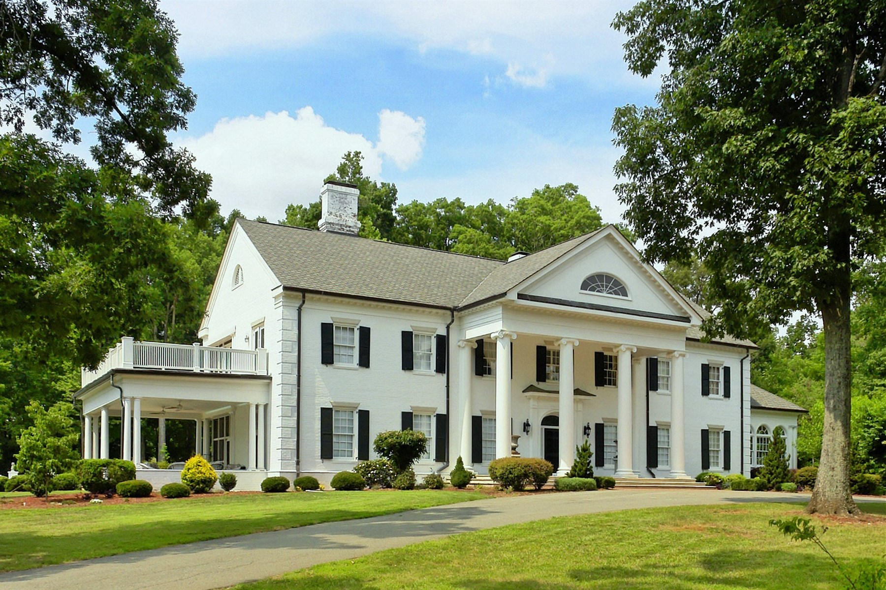 Casa Unifamiliar por un Venta en Highfield Plantation 6700 New Sharon Church Rd Rougemont, Carolina Del Norte 27572 Estados UnidosEn/Alrededor: Cary, Chapel Hill, Durham, Raleigh