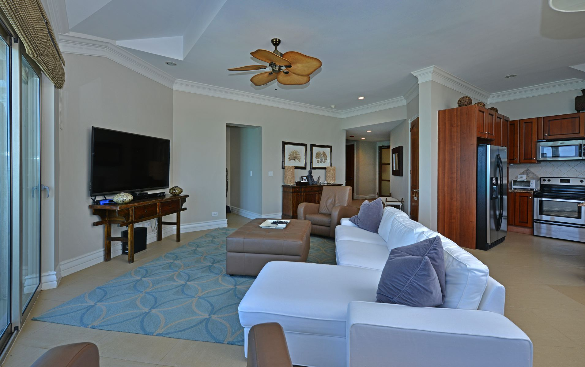 Additional photo for property listing at Love Beach Walk Penthouse Love Beach Walk Penthouse #3, Building #7 Love Beach, Nassau And Paradise Island 0 Bahamas