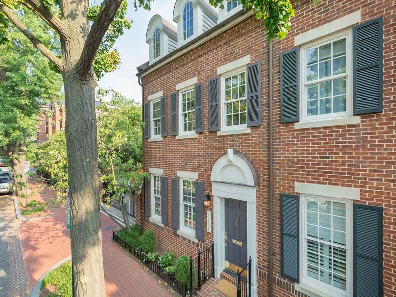 タウンハウス のために 売買 アット Georgetown 2721 Olive Street NW Georgetown, Washington, コロンビア特別区 20007 アメリカ合衆国