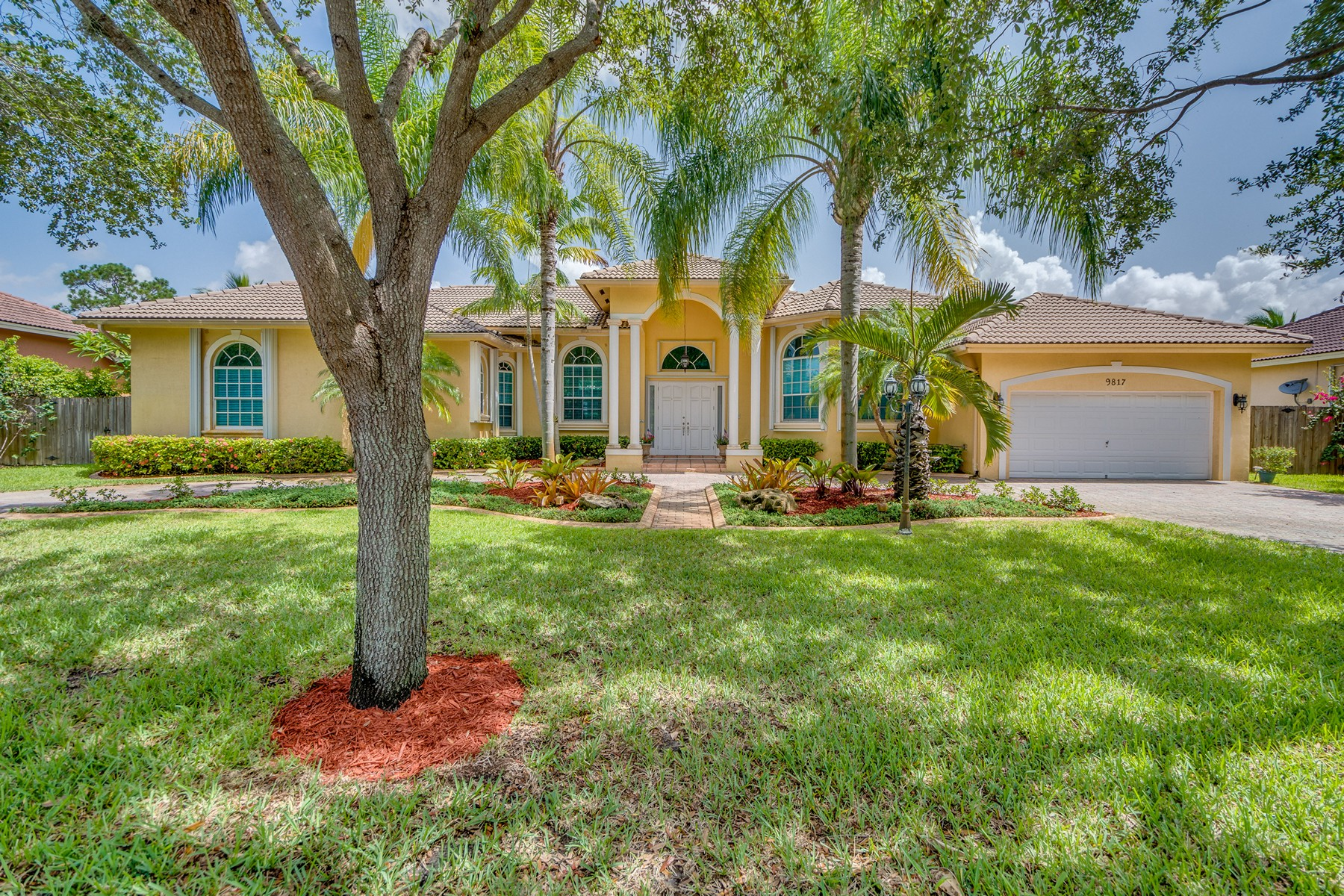 Property For Sale at 9817 SW 94 Ter
