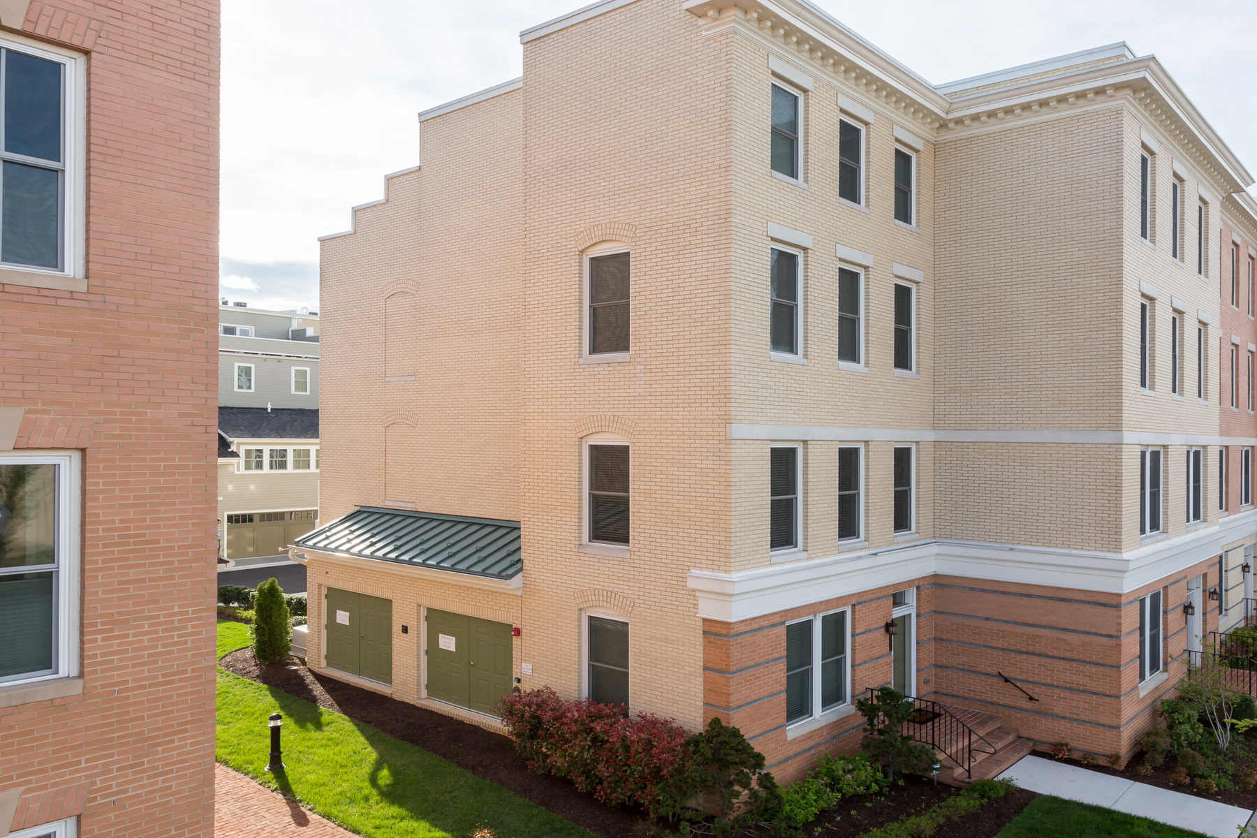 sales property at 2217 Jefferson Davis Highway, Alexandria