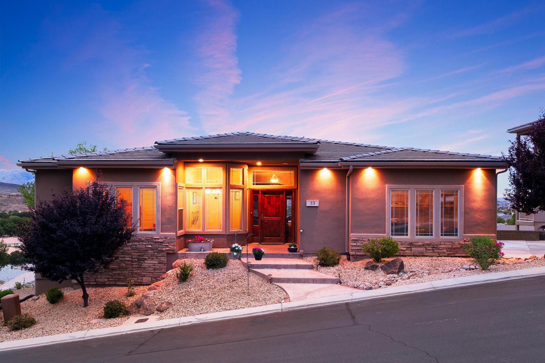 Villa per Vendita alle ore Beautiful Valley Views! 1210 W Indian Hills Dr Unit #33 St. George, Utah 84770 Stati Uniti