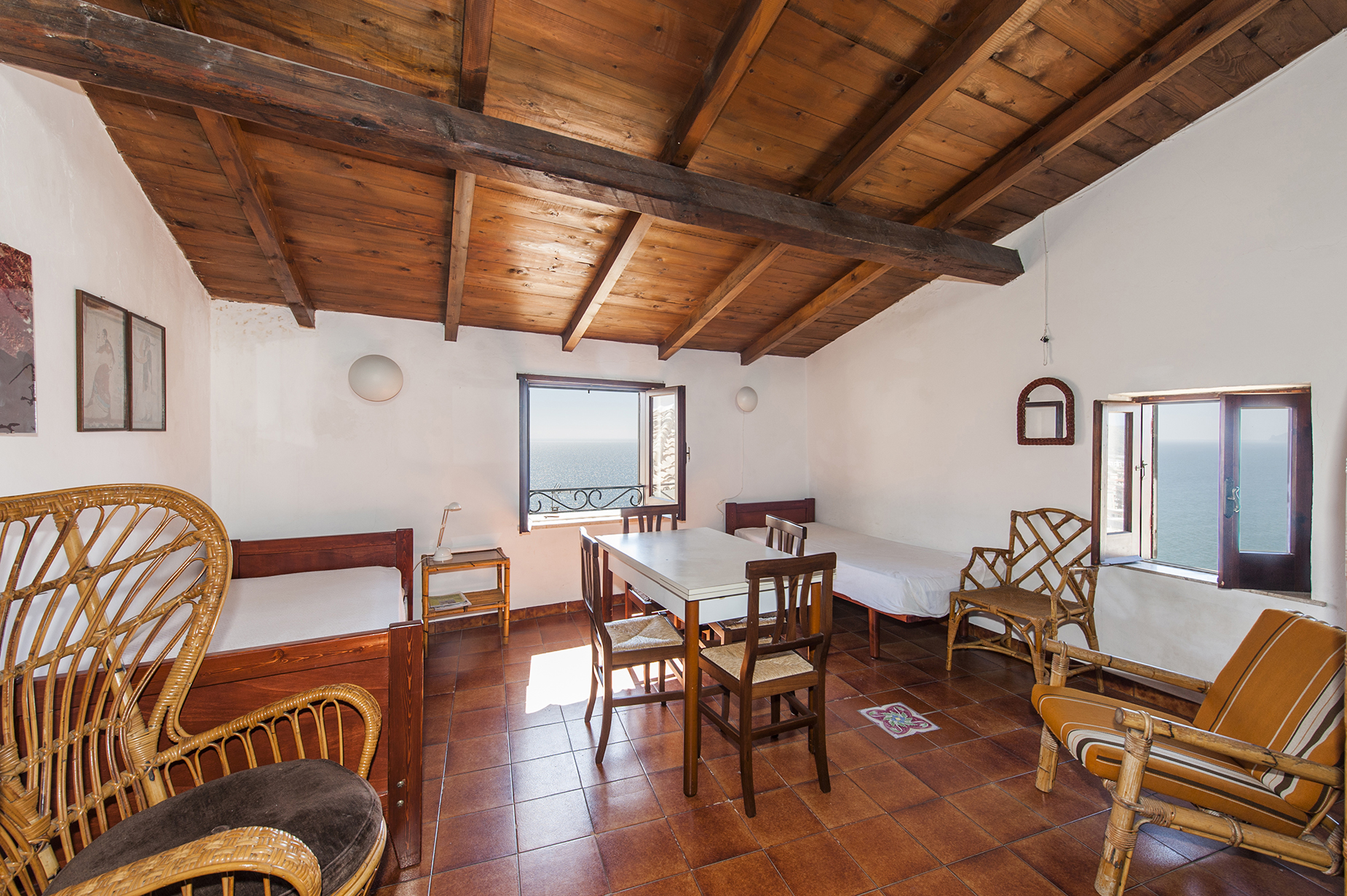 Apartamento por un Venta en Charming apartment in Sperlonga with panoramic sea view Via Giosa Sperlonga, Latina 04029 Italia