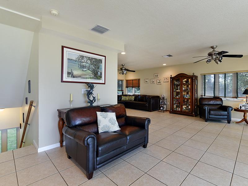 Additional photo for property listing at Breathtaking Bay Views 104 Point Pleasant Drive Key Largo, Florida 33037 Stati Uniti