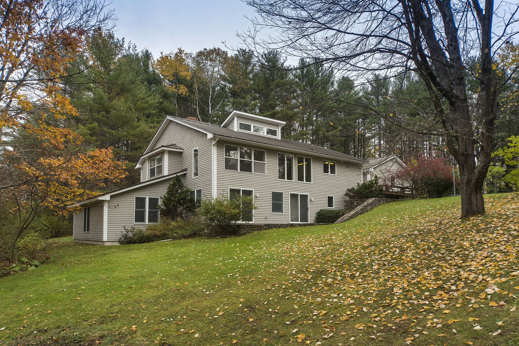 Single Family Home for Sale at 15 Frye Drive Cumberland, Maine 04021 United States
