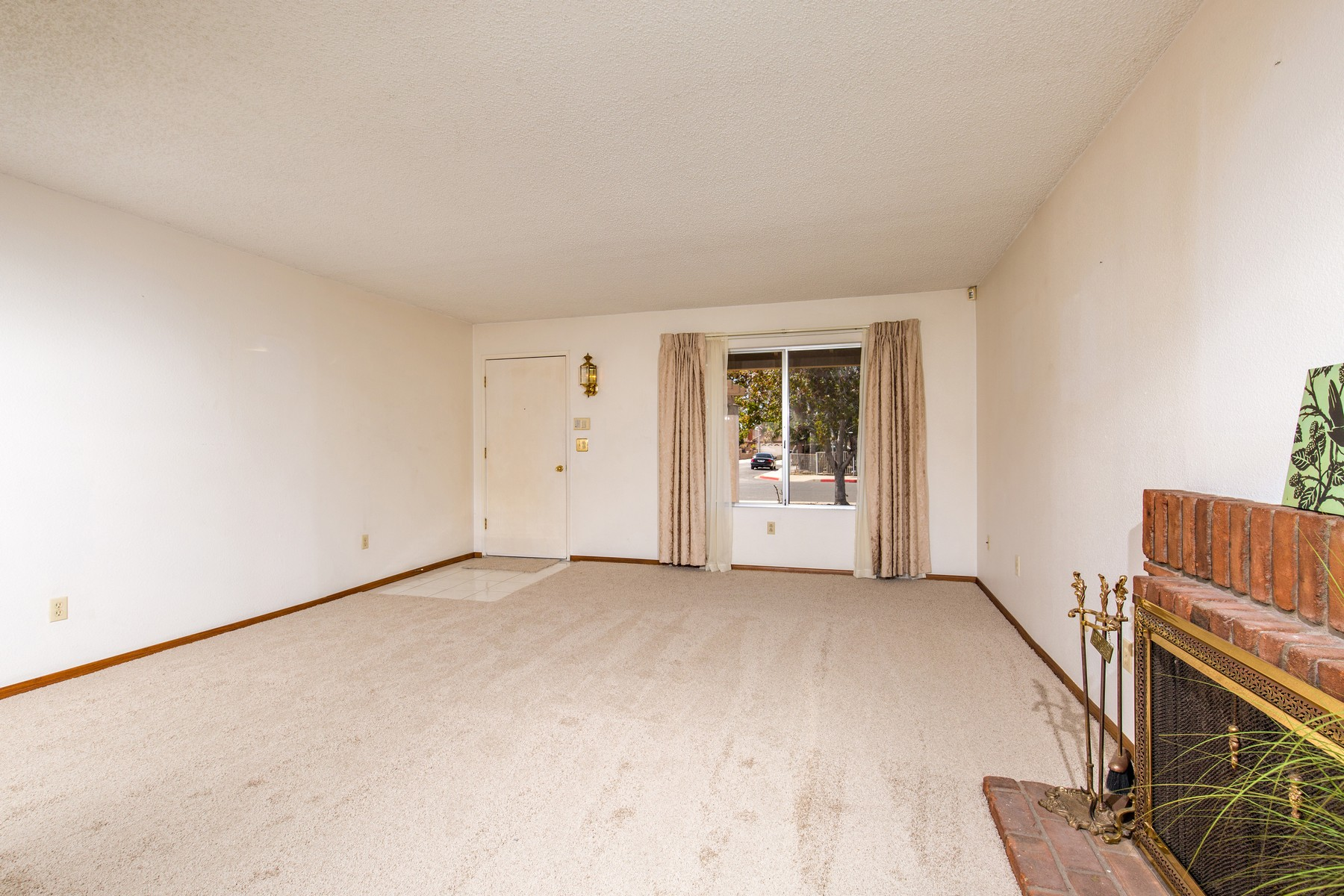 Additional photo for property listing at 2570 Biola Avenue  San Diego, California 92154 United States