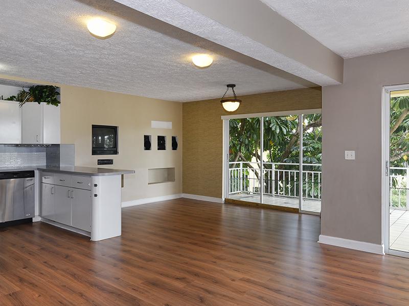 Additional photo for property listing at Port Largo Waterfront Duplex 263 Saint Thomas Ave Key Largo, Φλοριντα 33037 Ηνωμενεσ Πολιτειεσ