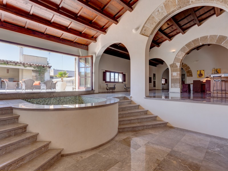 Property Of Stunning refurbished palace in the Old Town
