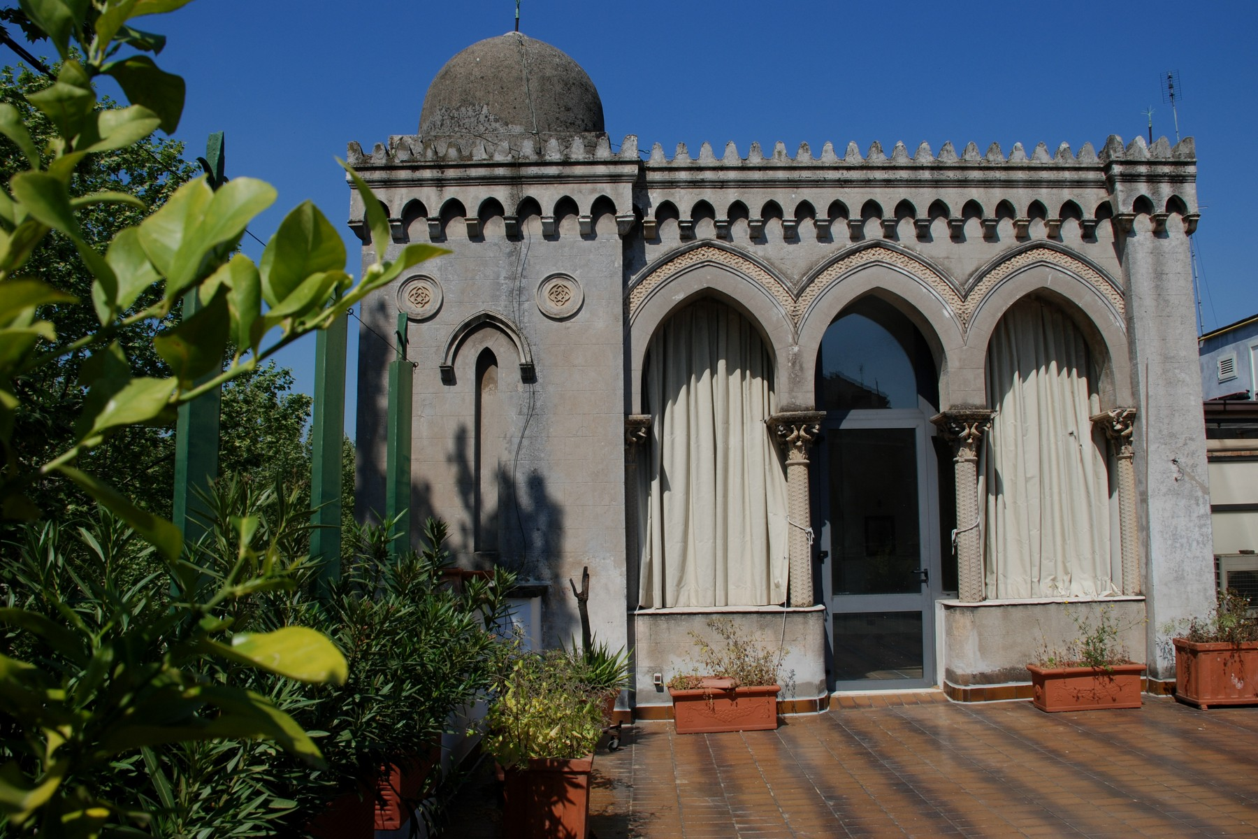 Single Family Home for Sale at Exclusive villa in the heart of Rome Lungotevere dei Vallati Rome, Rome, 00186 Italy