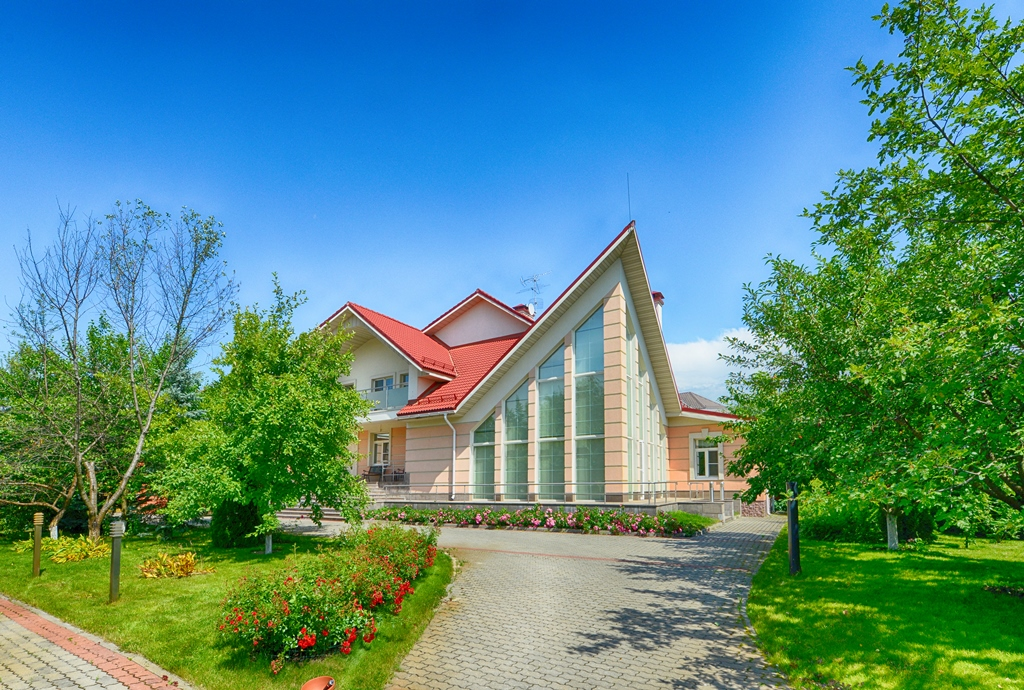 Property For Sale at Country house in Zhukovka