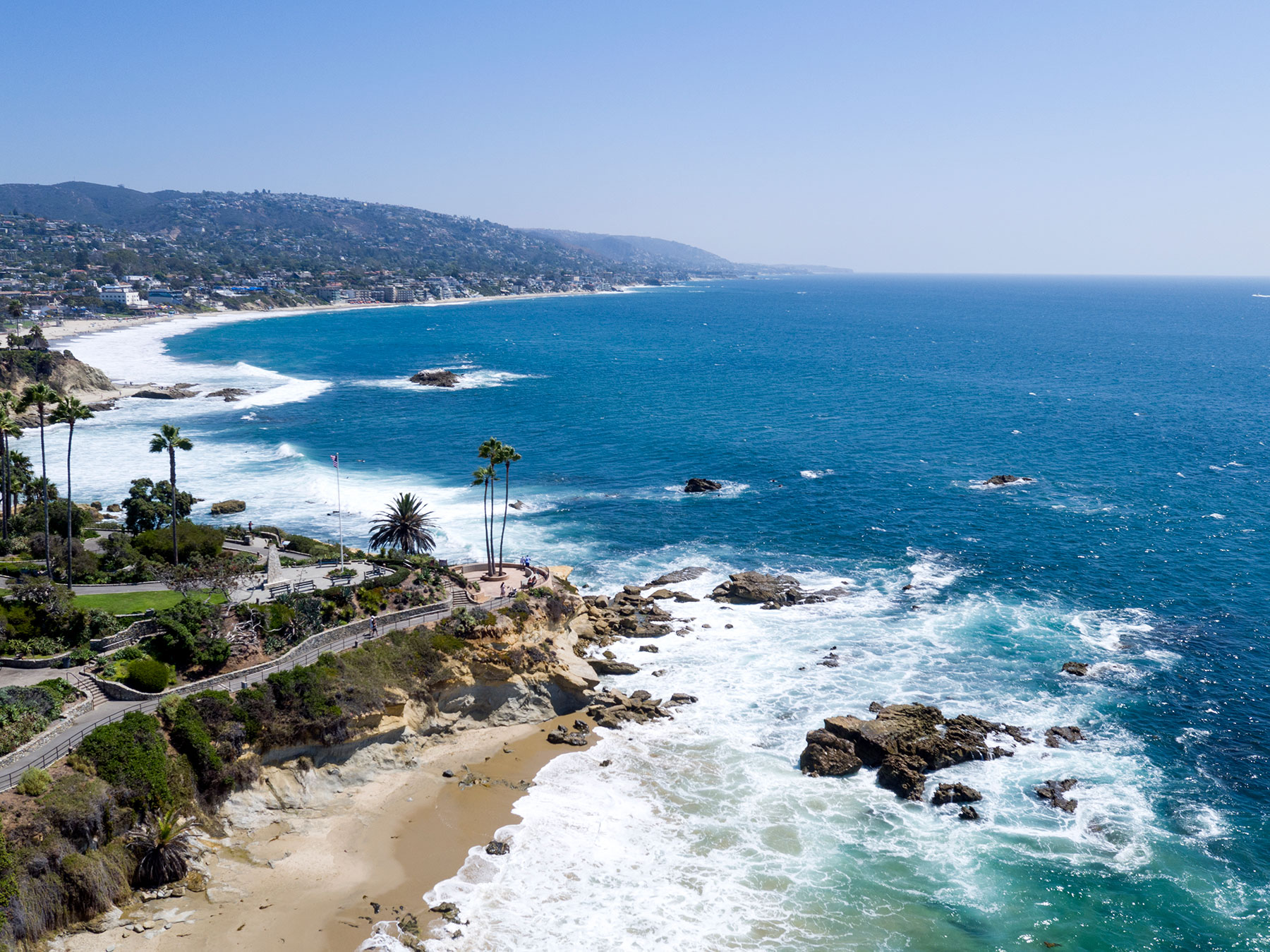 Single Family Home for Sale at 594 Cliff Dr. Laguna Beach, California, 92651 United States