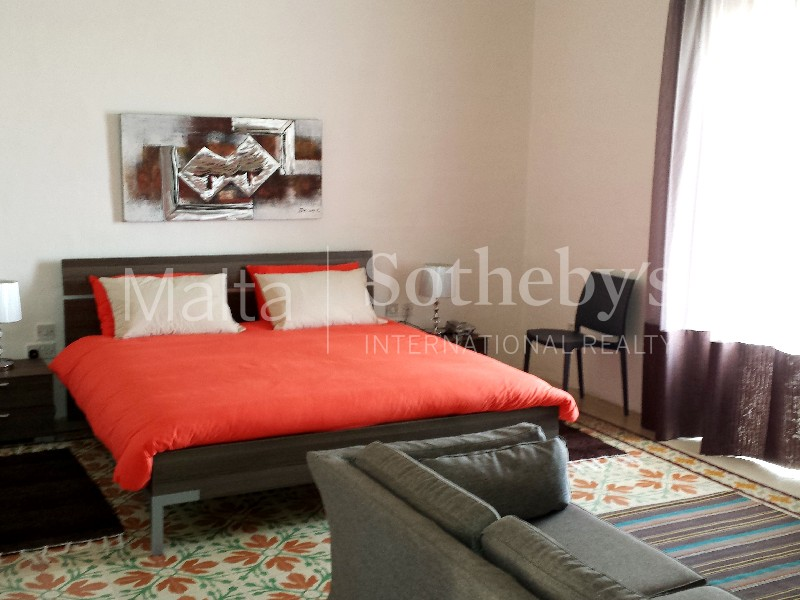 Property Of Beautiful Colonial Townhouse