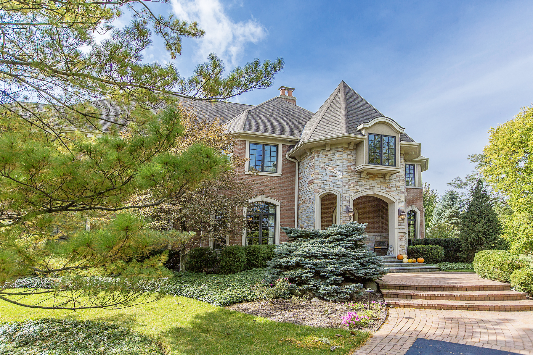 Single Family Home for Sale at The Estate at 16 Vandenbergh 16 Vandenbergh Drive South Barrington, Illinois, 60010 United States