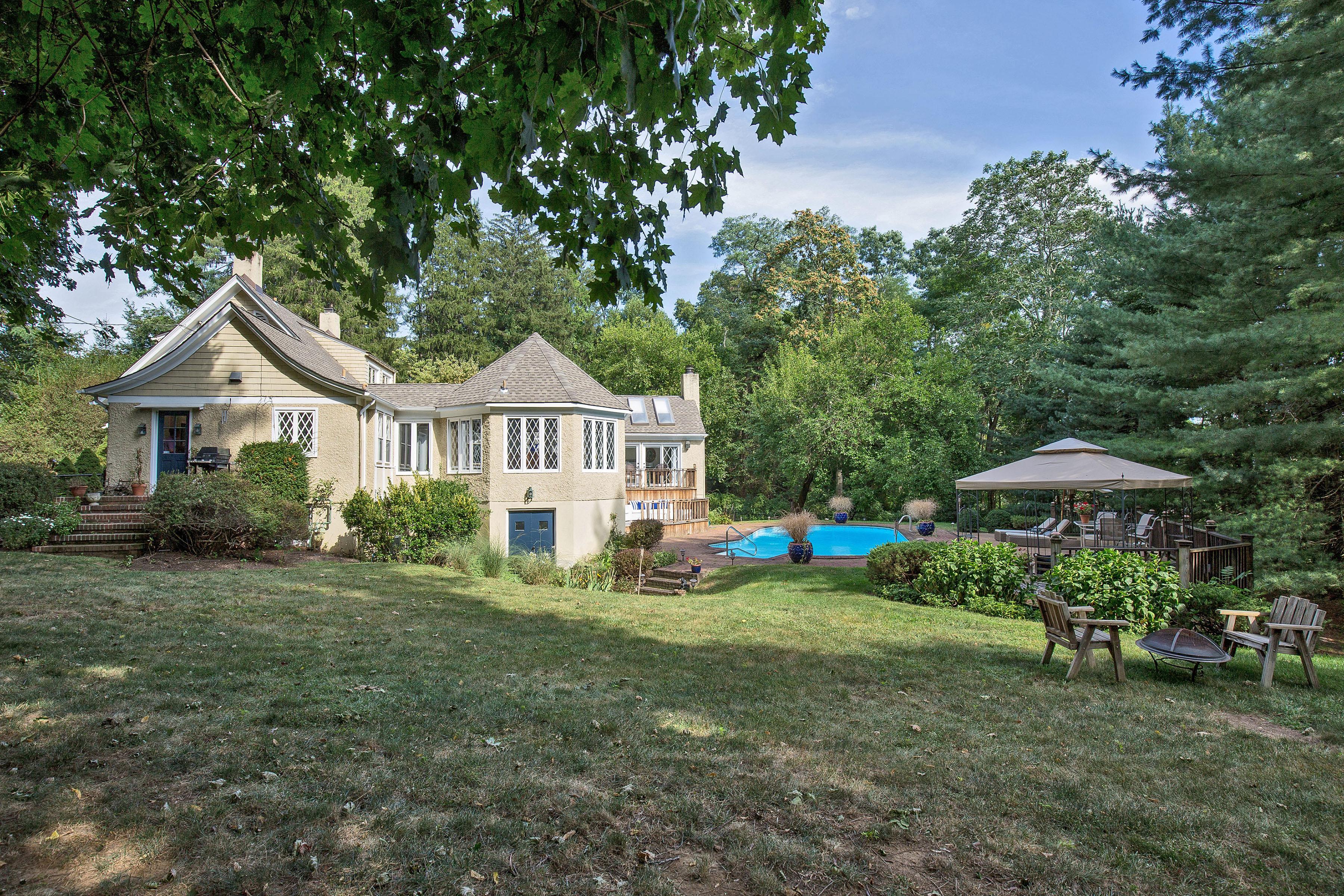 Casa Unifamiliar por un Venta en Classic & Modern 39 Childs Road Bernardsville, Nueva Jersey 07924 Estados Unidos