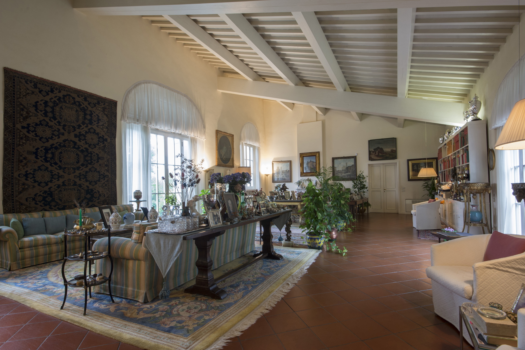 Additional photo for property listing at Magnificent Historical Villa Via Sant'Alessio Lucca, Lucca 55100 Italia