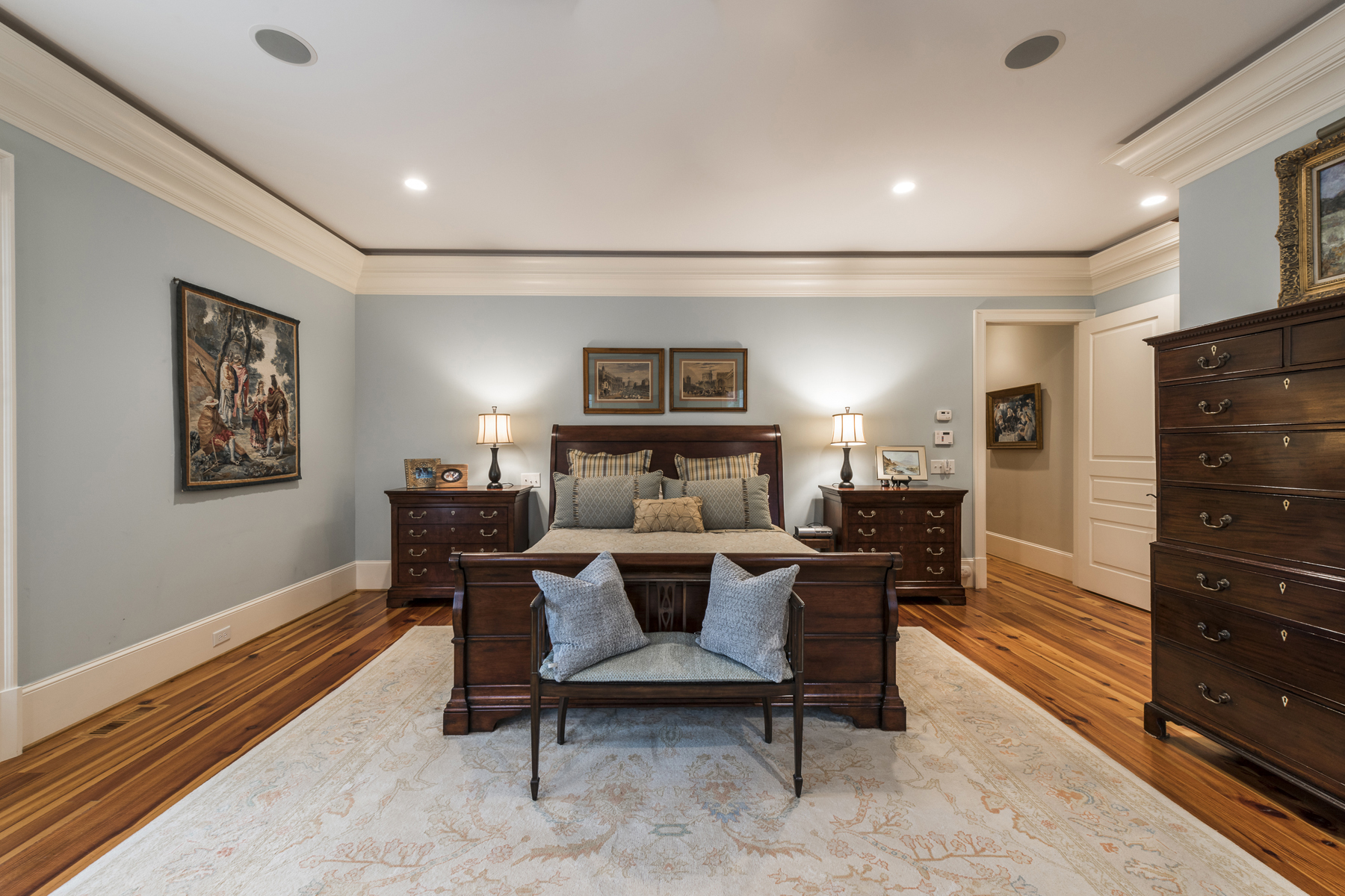 Additional photo for property listing at Beautiful Total Renovation On Quiet Cul-de-sac Street In Historic Brookhaven 4500 Club Valley Drive NE Atlanta, Georgia 30319 Hoa Kỳ