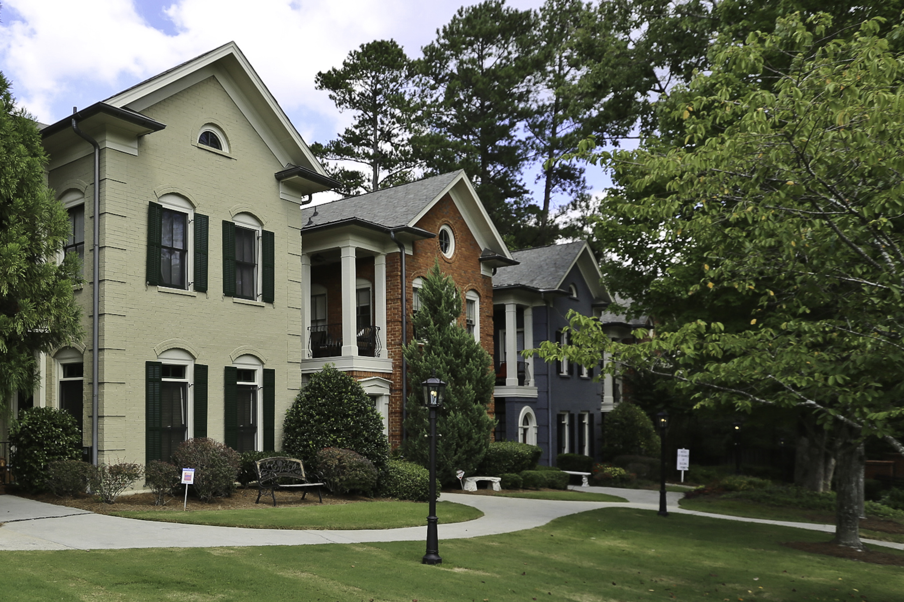Townhouse for Sale at Large Townhome In A Gated Community Just Blocks From Lenox Mall 3127 Lenox Road NE Unit 38 Atlanta, Georgia, 30324 United States