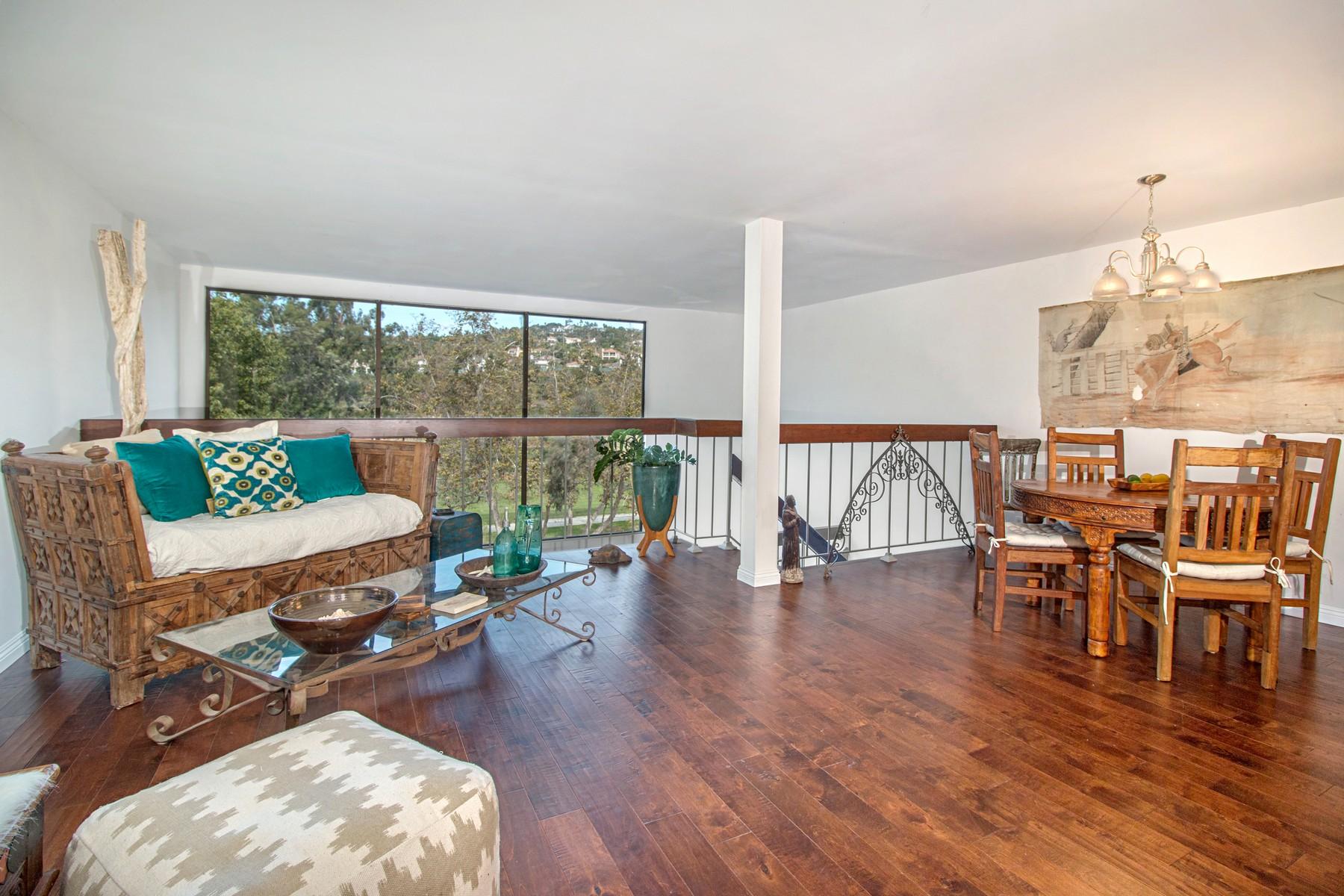 Appartement en copropriété pour l Vente à 2564 Navarra Drive 2564 Navarra Drive 108 Carlsbad, Californie 92009 États-Unis