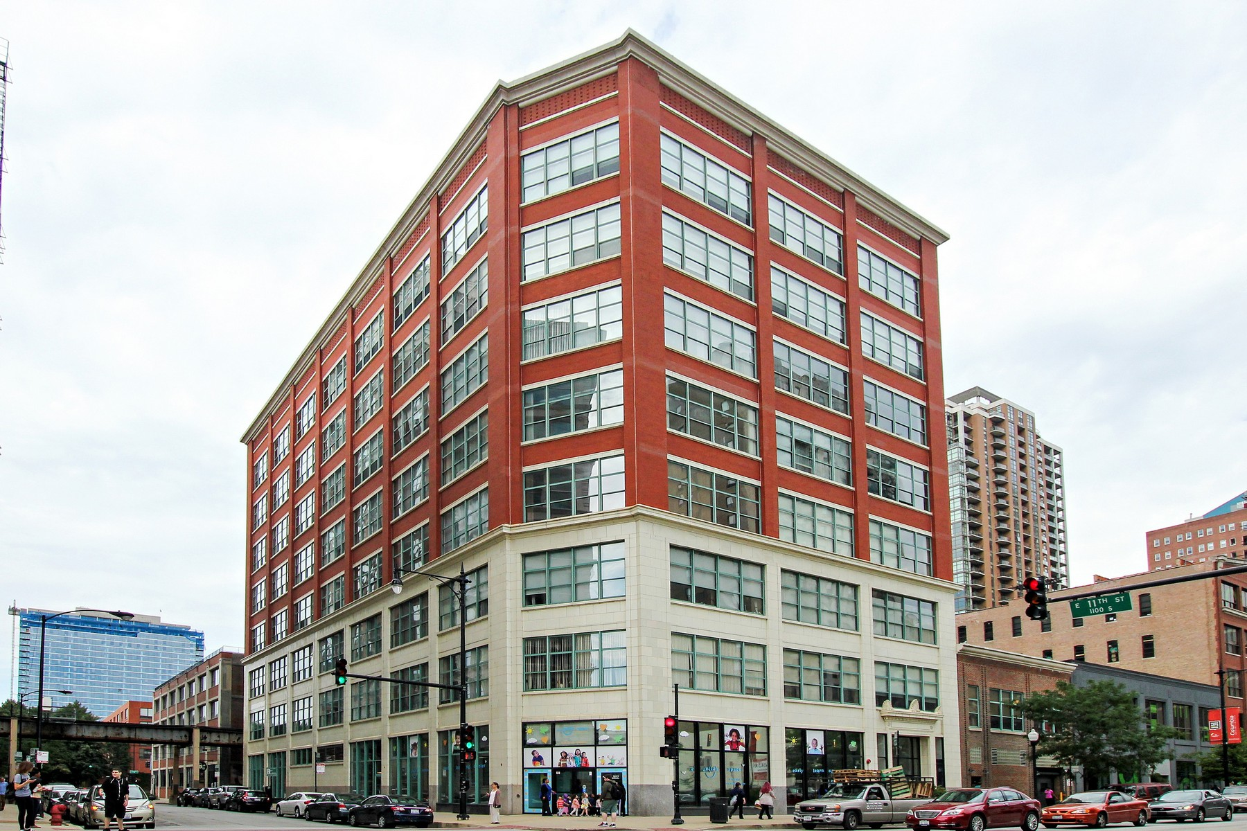 Property For Sale at Giant South Loop Loft