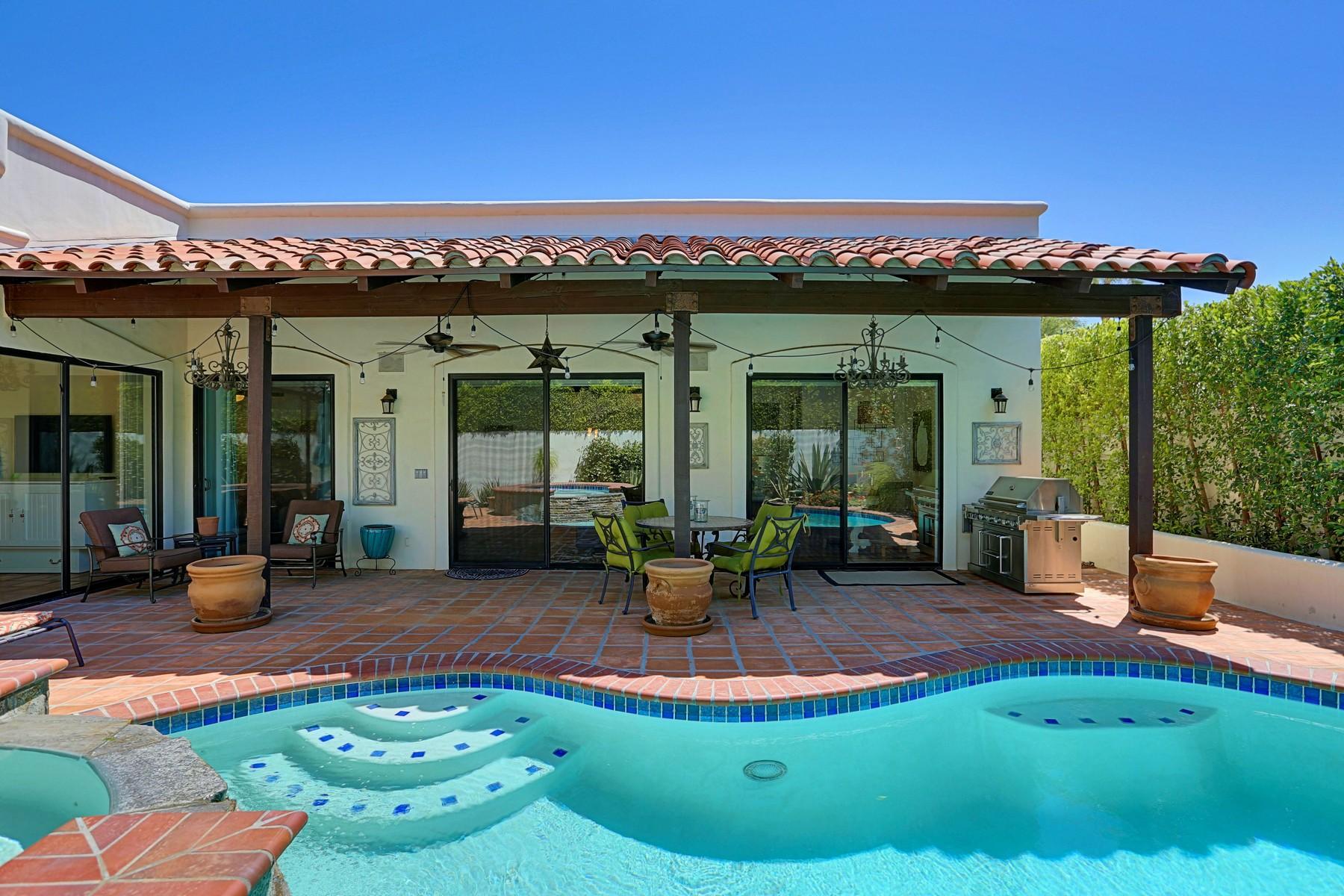 Maison unifamiliale pour l Vente à 675 North Plaza Amigo Palm Springs, Californie 92262 États-Unis