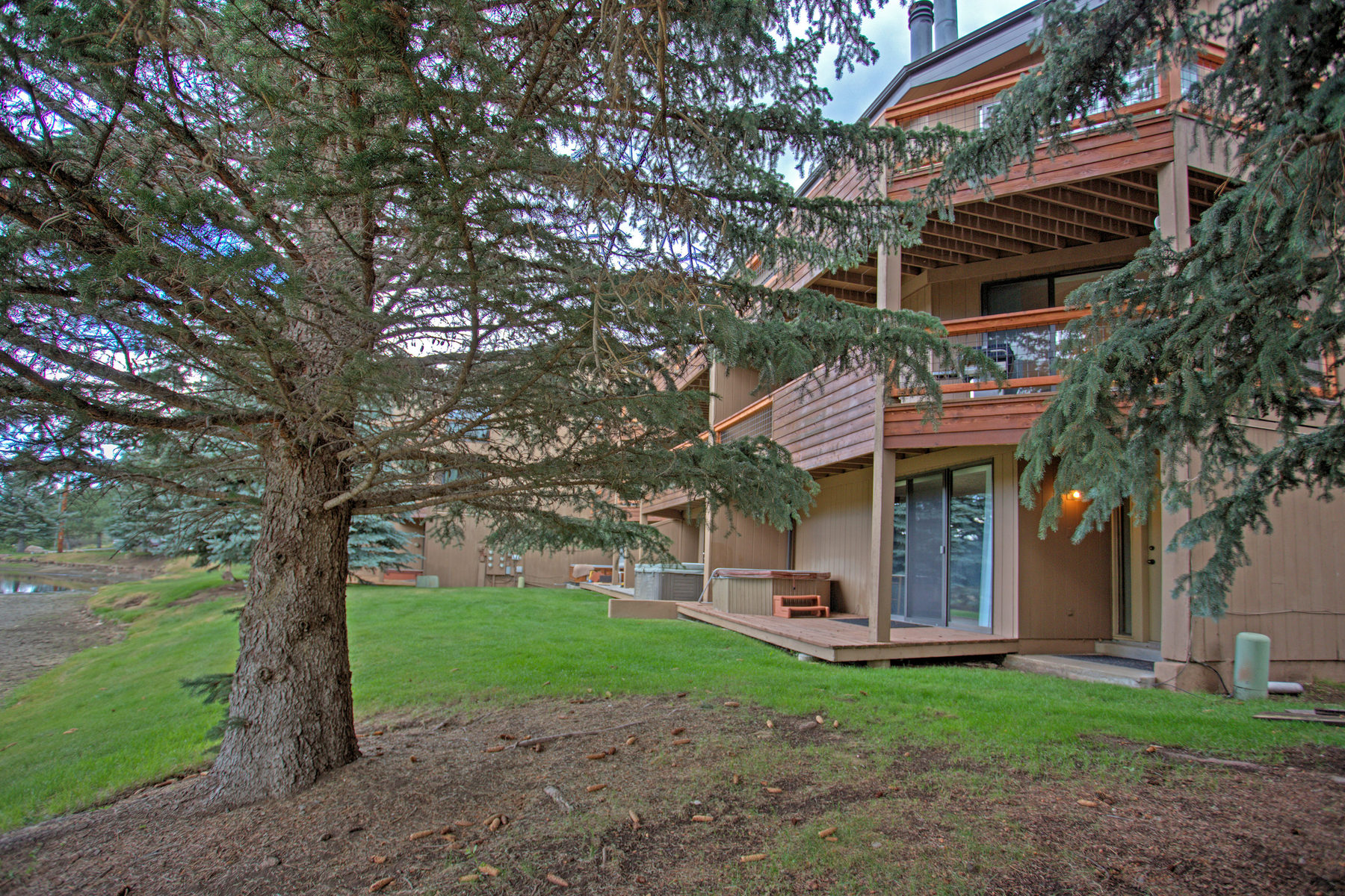 Single Family Home for Sale at Cool Saddle Condominium 740 Saddle View Way #15 Park City, Utah 84060 United States