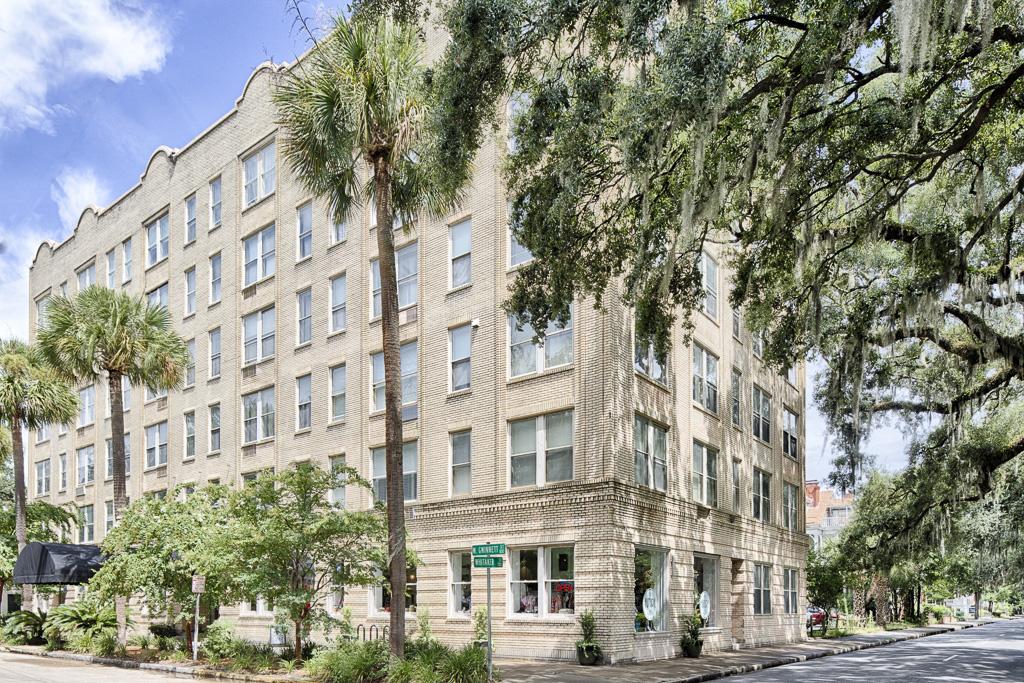 Condominium for Sale at Historic District 106 W. Gwinnett Street Unit #5G Savannah, Georgia 31401 United States