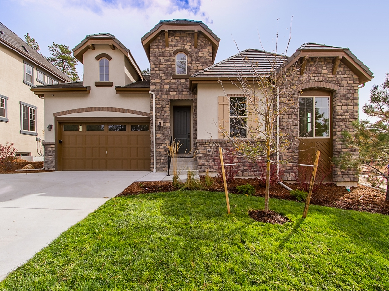 Single Family Home for Sale at 6875 Northstar Ct Castle Pines Village, Castle Rock, Colorado 80108 United States