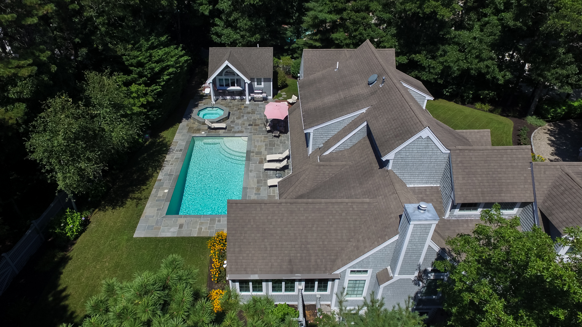Moradia para Venda às LUXURIOUS ONE-OF-A KIND COMPLETELY FURNISHED HOME 36 Topping Lift New Seabury, Massachusetts, 02649 Estados UnidosEm/Em torno de: Mashpee
