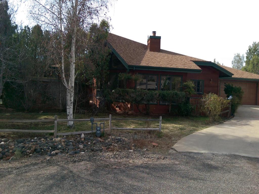 Single Family Home for Sale at Spacious Four Bedroom 305 Concho Drive Sedona, Arizona 86351 United States