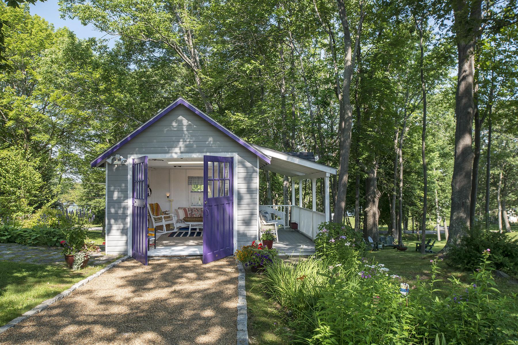 Single Family Home for Sale at 224 Pleasant Avenue 224 Pleasant Avenue (Peaks Island) Portland, Maine, 04108 United States