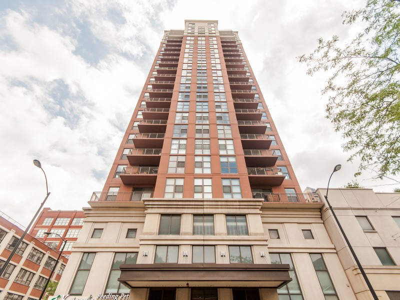 Condominium for Sale at Immaculate Corner Unit At State Place 1101 S State Street Unit 504 Near South Side, Chicago, Illinois 60605 United States
