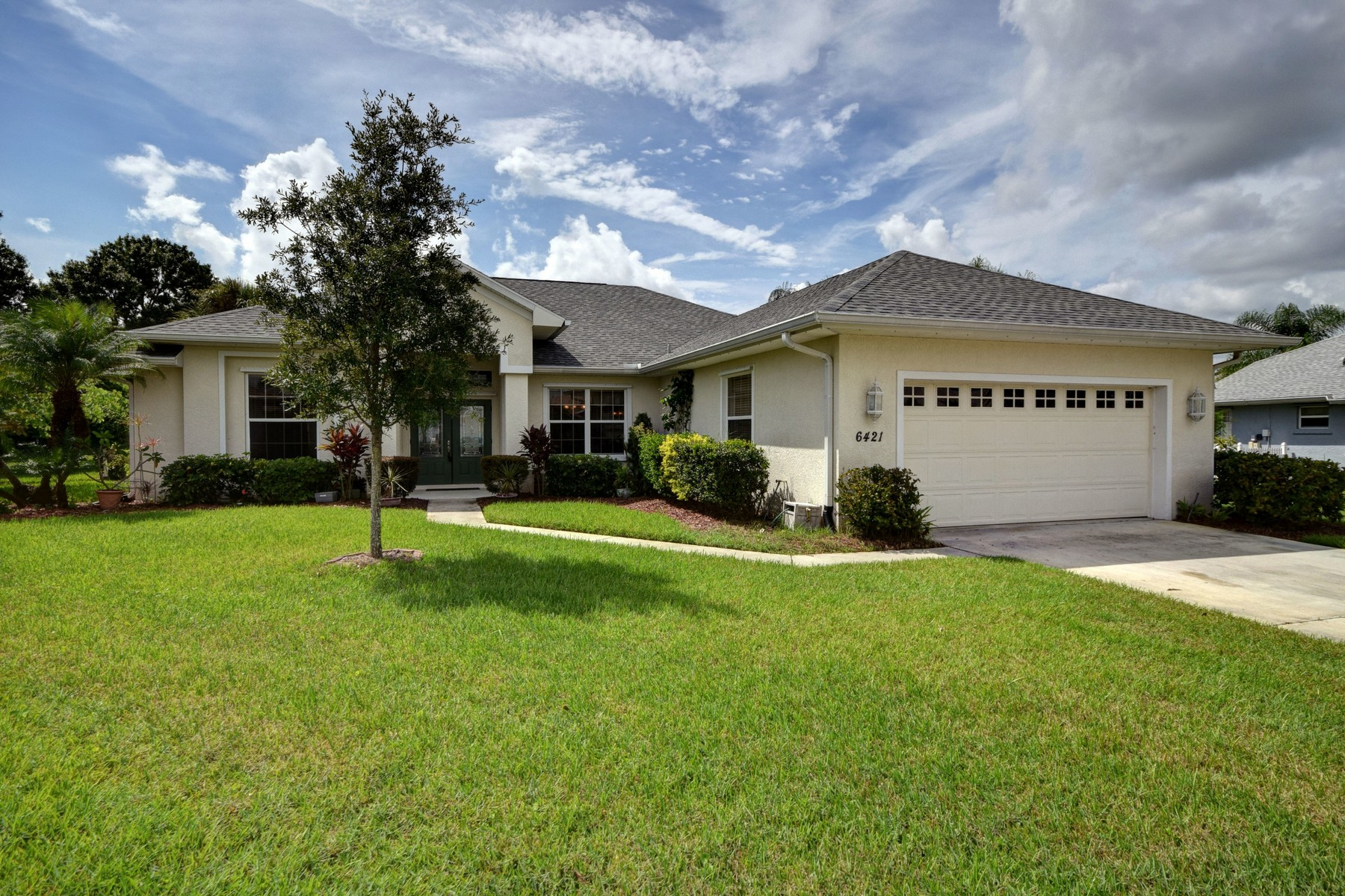 Property For Sale at Spacious pool home on cul-de-sac