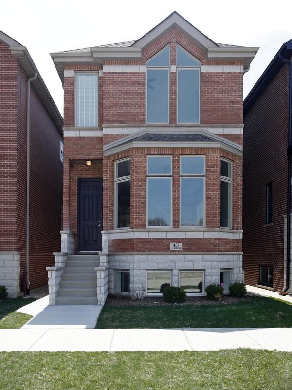 단독 가정 주택 용 매매 에 Pristine One-of-a-Kind Home! 448 W 38th Place Bridgeport, Chicago, 일리노이즈 60609 미국