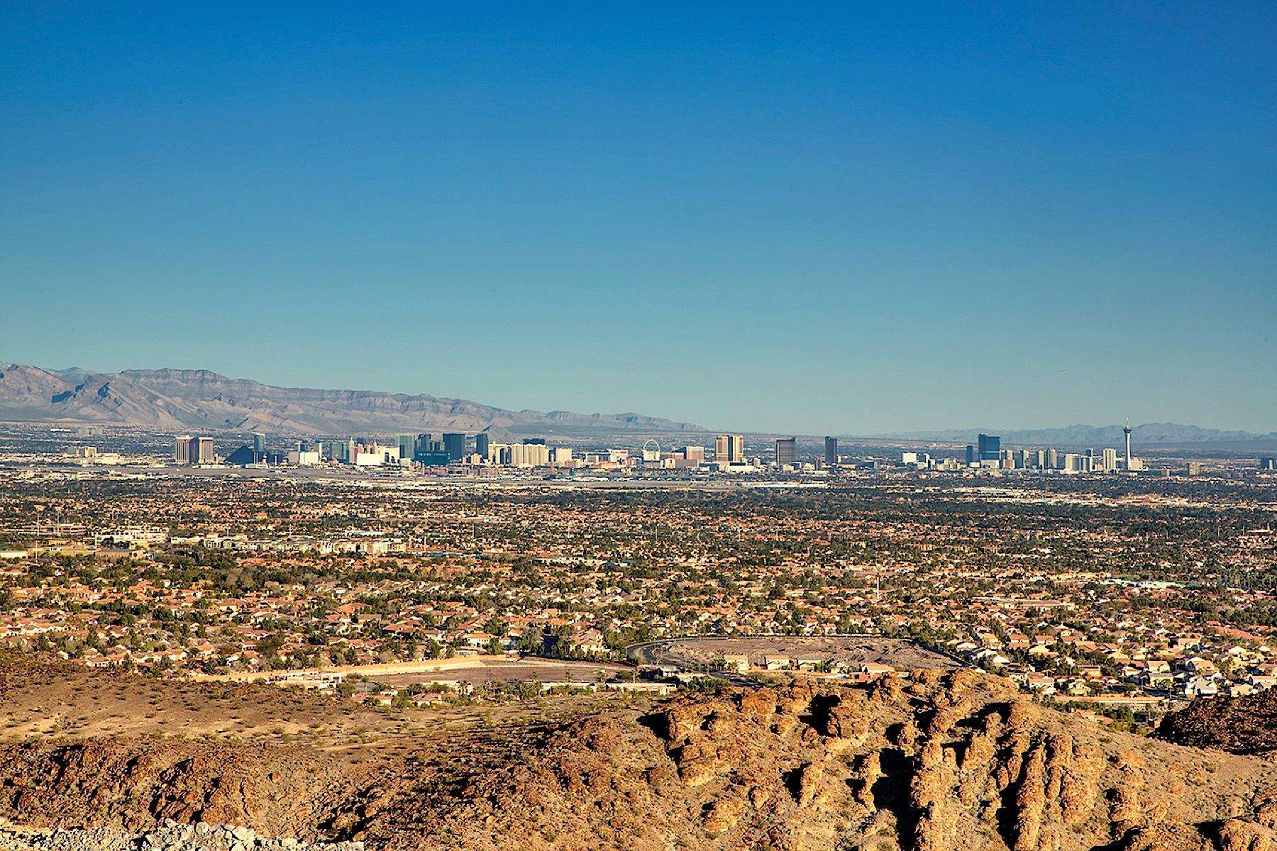 Terreno por un Venta en 681 Dragon Peak 681 Dragon Peak Dr Macdonald Highlands, Henderson, Nevada, 89012 Estados UnidosEn/Alrededor: Las Vegas