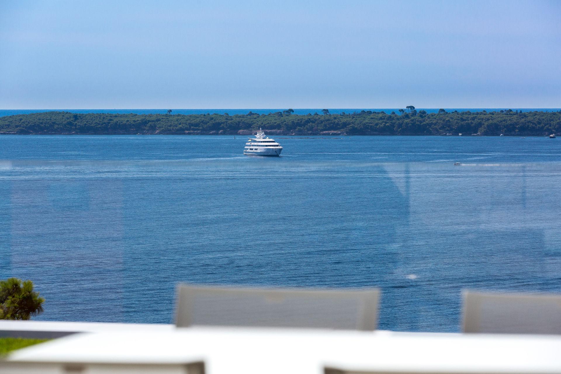 아파트 용 매매 에 Magnificent 5 bedroomed penthouse - New development - 87 Soligny Cannes, 프로벤스 앞ㄹ프스 코테 D'Azur, 06400 프랑스