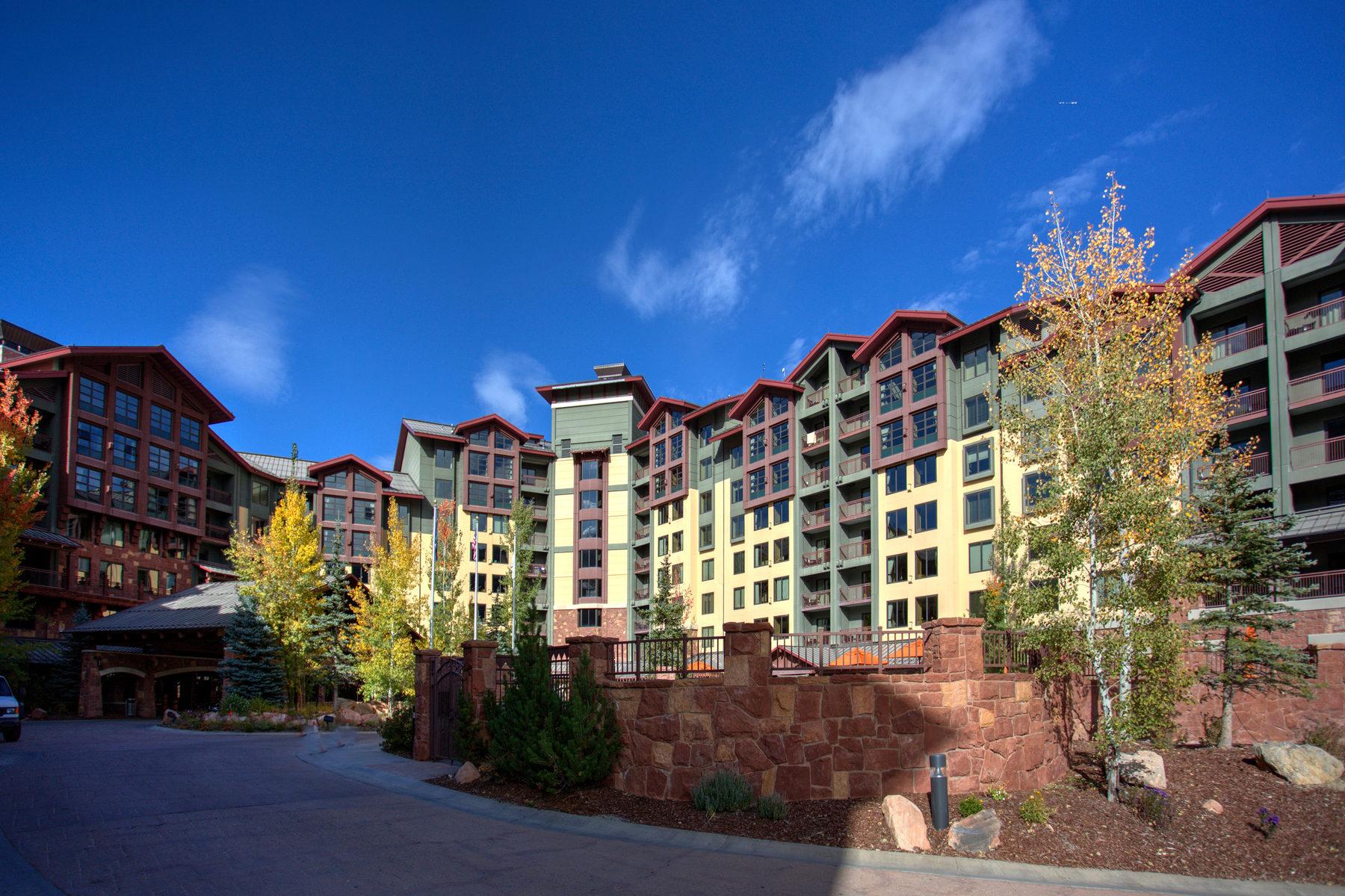 部分所有权 为 销售 在 AAA 4-Diamond Rated Golf and Ski Condo 3855 Grand Summit Dr Unit #414/416 Q2 帕克城, 犹他州 84098 美国