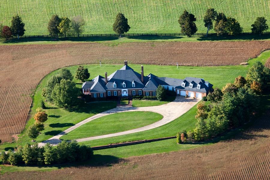 단독 가정 주택 용 매매 에 MONTEVERDE 8532 LANGHORNE RD Scottsville, 버지니아, 24590 미국