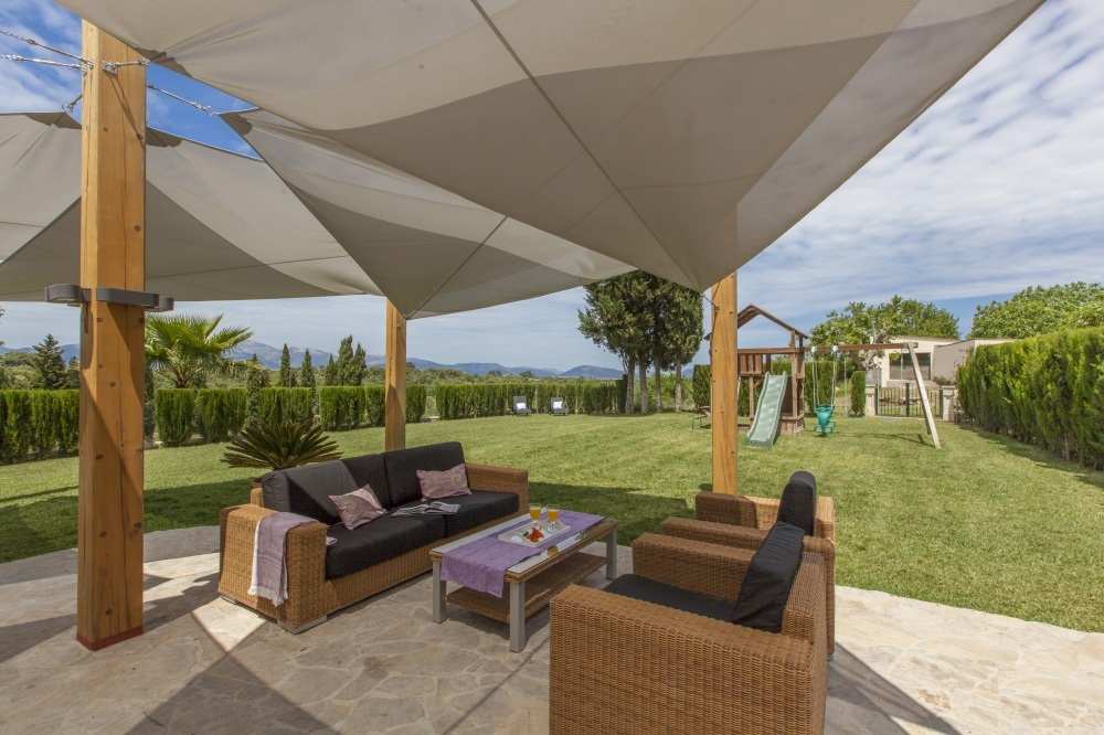 Property Of Country Estate in Llubí with views