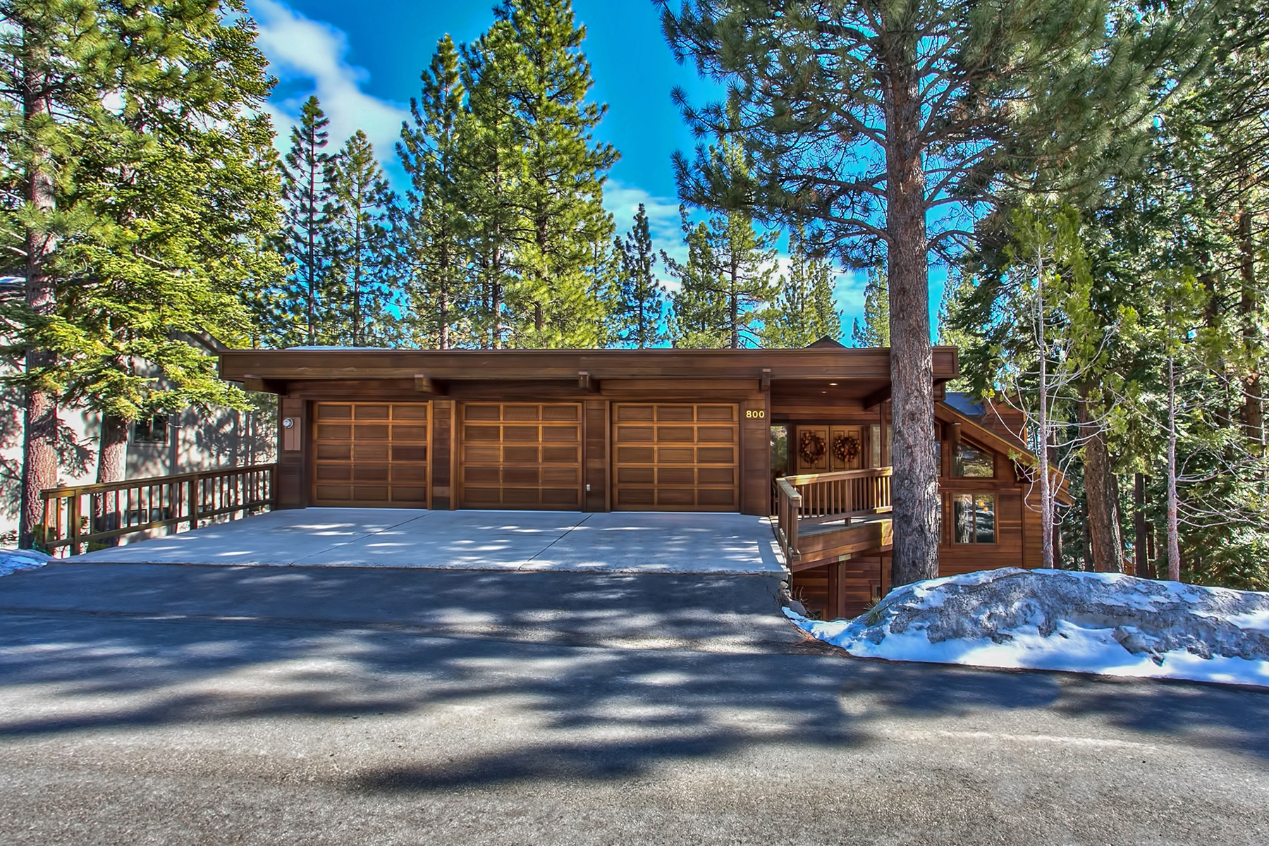 Maison unifamiliale pour l Vente à 800 Tyner Way Incline Village, Nevada, 89451 Lake Tahoe, États-Unis