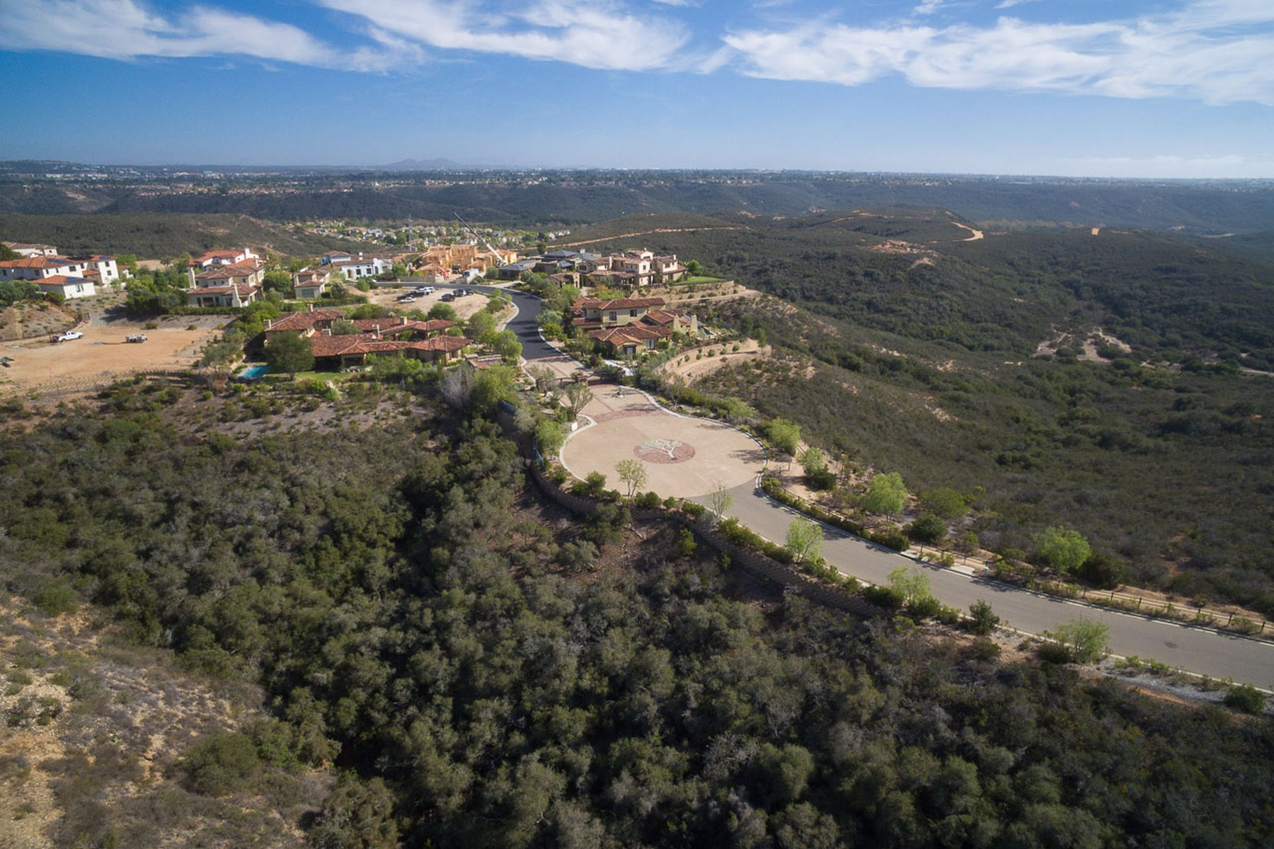 Additional photo for property listing at 7012 The Preserve Way 13  San Diego, California 92130 United States