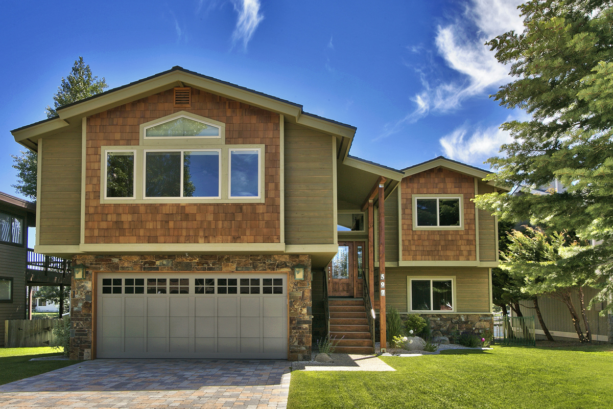 Single Family Home for Active at 597 Lucerne Way South Lake Tahoe, California 96150 United States