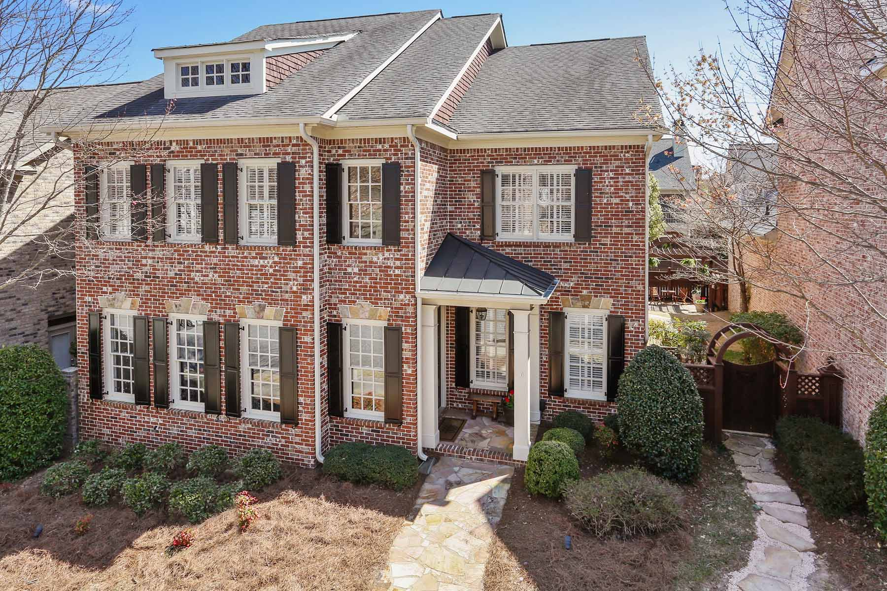 獨棟家庭住宅 為 出售 在 Easy Living, Amenity Rich, Close to Avalon 1065 Ambrose Avenue Alpharetta, 喬治亞州, 30022 美國